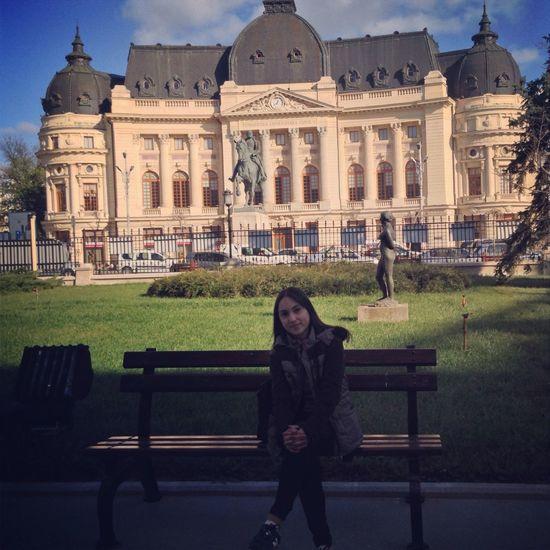 Museum Bucureşti Traveling Trip