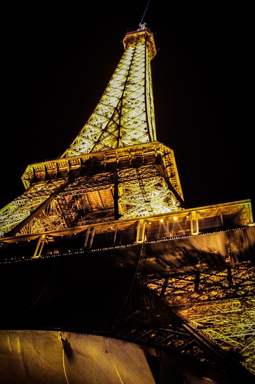 night, low angle view, built structure, no people, architecture, outdoors, illuminated, clear sky