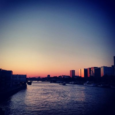 Paris Sunset Discover Your City Spring Seine Sony Xperia Z3