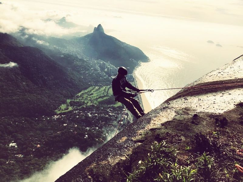 Escalada rapel gavea Adventure One Person One Man Only Sport People Full Length Only Men Mountain Nature Adult Outdoors Adults Only Motion Day Extreme Sports Leisure Activity Activity Water Men Real People