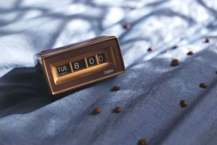 Bed Indoors  Close-up Text No People Old-fashioned Photography Alarm Clock Time Made In Japan Vintage Clock Oldschool Retro Vintage Lieblingsteil Clock Morning Wakeup Wake Up Wake Up In The Morning Wake Up! Wake Up Time