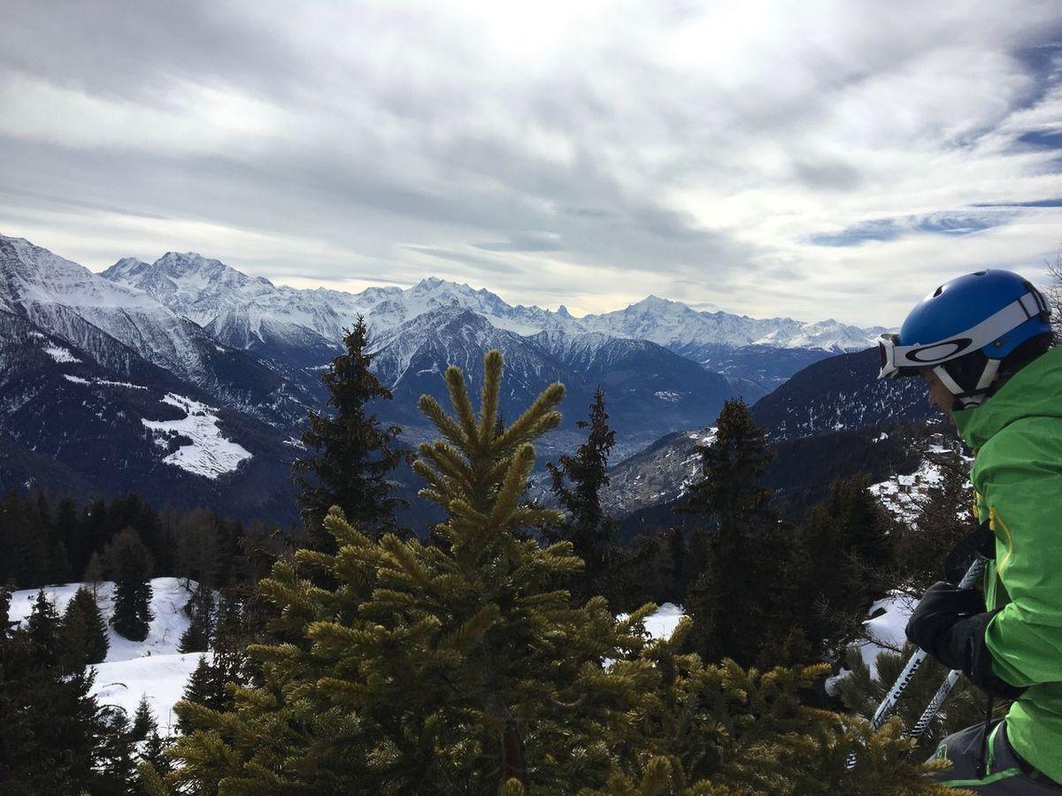 Nofilter Mountains 🇨🇭 Switzerland 🃏