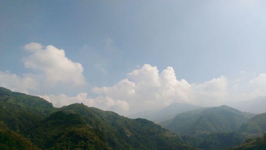 山 天空 朦朧 Mountains Sky