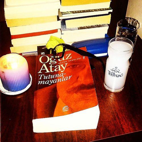 Ben buradayım sevgili okuyucum,sen neredesin acaba? Oguzataytutunamayanlar Oguzatay RAKI Mum Kitap Book Aksamci Cangox Candle Tekirdagrakisi Xyz