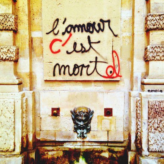 L'amour Love Fountain Graffiti Paris France Thestreetphotographer2016eyeemawards