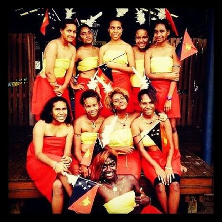 My friends and I representing PNG (Papua New Guinea)..... Hi! Selfie Taking Photos Friends