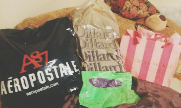 Shopping ???? Victoria's Secret Dillards Aeropostale Windsor