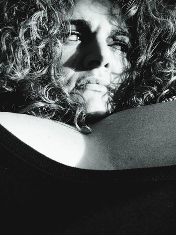 """Je ne suis rien, je le sais, mais je compose mon rien avec un petit morceau de tout..."" Victor Hugo. Phrases To Think About Philosophy Poesie Reflections Headshot Human Lips Sexyselfie Women Regarde Au Fond De Moi Et Dis Moi Ce Que Tu Vois .. Caress Me With Your Mind And Intrigue Me With Your Body Sexylady Eyes Are Soul Reflection Mysoul♥ Adults Only Beautiful Woman Curvy Girl Curvygirls Curly Hair From My Point Of View Solitude And Silence Beauty Bigwomen Regards De Femmes Regards *~*"