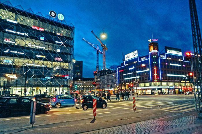 Rådhusplassen is after dark is filled with glowing Neon Lights on this picture the side of Hcandersenboulevard. EyeEm Best Shots Denmark Copenhagen Europe The Traveler - 2015 EyeEm Awards The Street Photographer - 2015 EyeEm Awards København