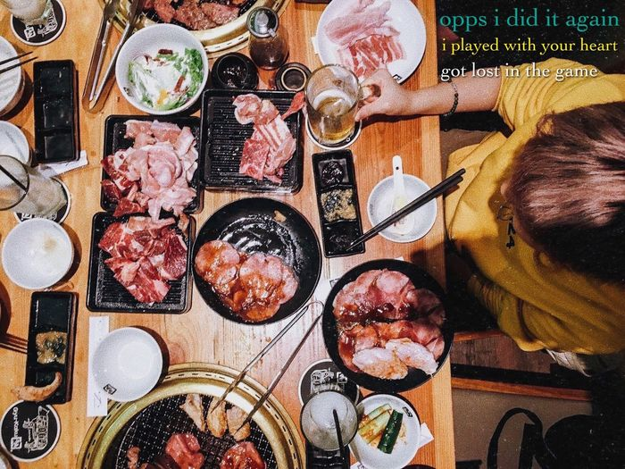 To Kwa Wan Social Club 酒 Food And Drink Beer 牛 BBQ Meat 食 Ready-to-eat Raw Red Yellow Hoodie Fashion Design Opps!..I Did It Again Britney Spears High Angle View 424 People