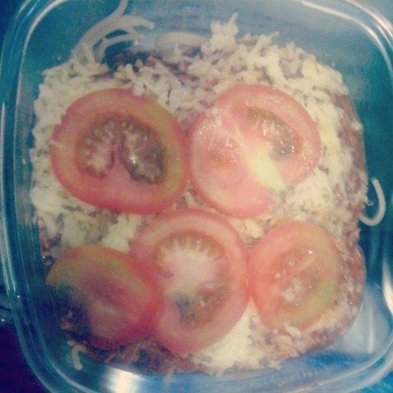 Fiz o jantar sem botar fogo na casa :) Macarr ãoAO Molho Atum fooddinner