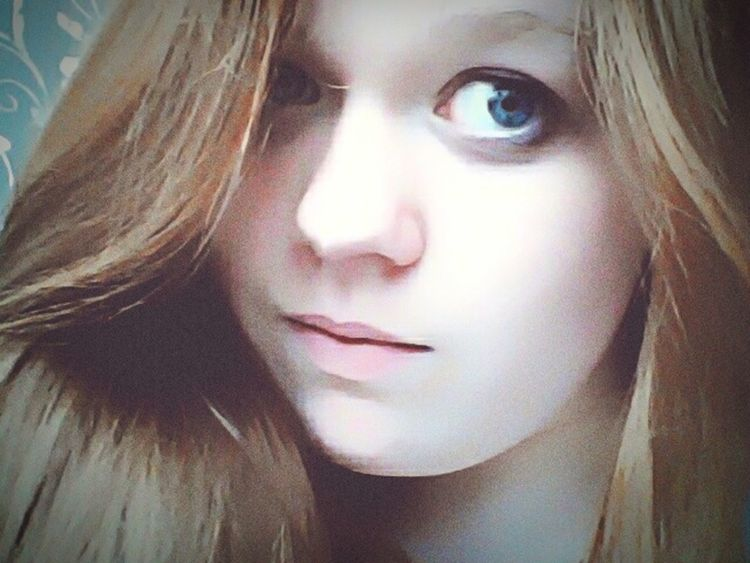 Thanks my friends😘 Nature Blue Eyes Selfie Holiday Eyeem Photography Good Day Russia Friends That's Me