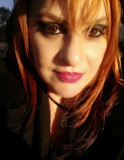 BeautifulSun Sun Womens Hair Redheads  Honeyeyes Myeyes Emjoy Life  Behappy MyLipss 💋💋 Mylife❤ Workday Lovemyjob Peoplephotography People Of EyeEm Women Of EyeEm WomanselfieCold Temperature Woman PortraitWoman Face Time To Reflect Woman Of EyeEm Selfie PortraitWoman Power Thats Me ♥