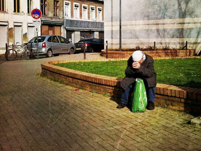Le sac vert TheMinimals (less Edit Juxt Photography) Hipstamatic Streetphoto_color Street Photography