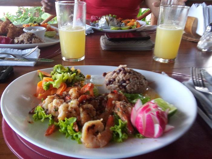 Guatemala typical dish, shrimp and the famous rice and beans Jajaja.... Degustando... Mmm Esta Rica????!!!