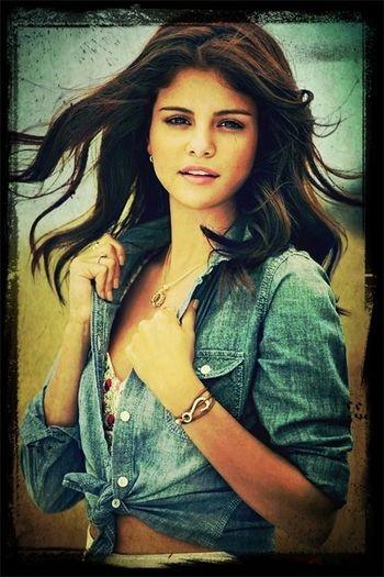 Selena Gomez  Celb Crush
