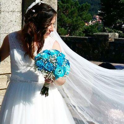 Bridal Bouquet by Alea. Aleafloristerias Bridalbouquet RamoDeNovia Bodas Bride Rosas Roses Inspiration Inlove Novia Novias Blanco Blue White Azul RamoDeNovia Sposa Bouquet Bouquetsposa Lovemyjob