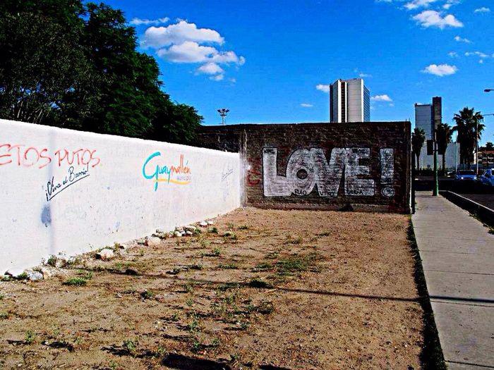 Hello World Taking Photos Street Art/Graffiti its everywhere❤️