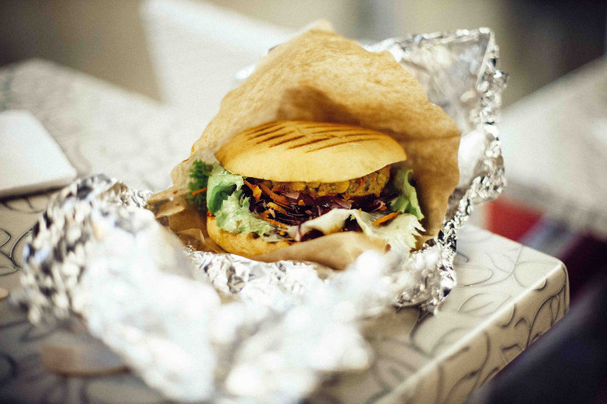 Burger Burger Time Burgers Cooking Delicious Fast Food Food Food And Drink Gluten Free Health Healthy Healthy Eating Homemade Patty Prep Preparation  Ready-to-eat Salad Sandwich Sandwiches Take Away Take Out Takeout Vegan Yummy Fresh on Market 2016 Food Stories