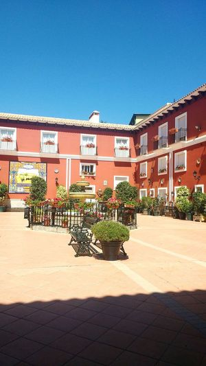 Patio andaluz Patio Andalucía SPAIN Relax Home Summervibes Sunisout Flamenco Malaga Plants Tipicalspanish