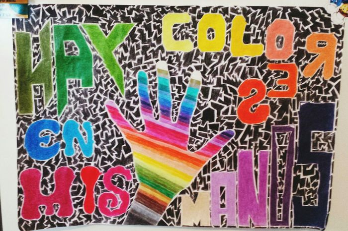 Colors Mis Manos My Hands Drawing a life without colors is just one passage. The colorful life is experience.