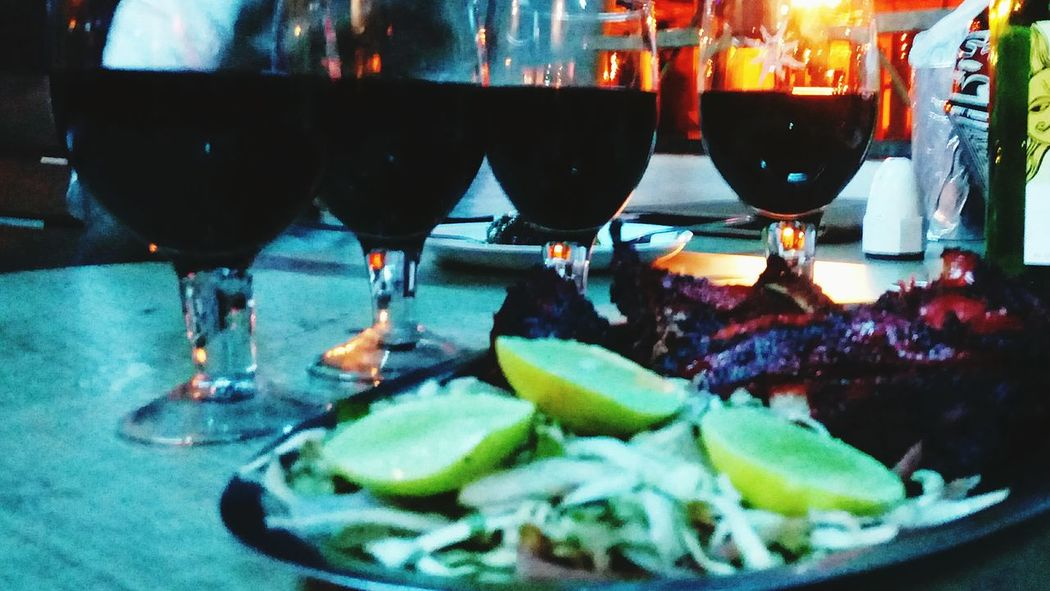 Redwine TandooriChicken SmallGetTogether Wineglass Drinking Wine Winetasting Dinnertime Redwinechicken Some More Redwine Please😊🍷😄 Followmefollowback Followback