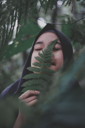 Nature Leaves Tree Human Hand Forest Beautiful Woman Leaf Beauty Young Women Mystery Headshot Spooky Calm Ethereal