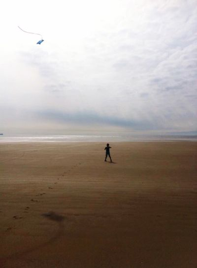Pembrey flier Beach Photography Beachphotography Beach Life Beach Day Sea And Sky Sky And Clouds Sky Pembrey Wales 2014 Kite Flying Kite Kiteflying Pic Photography