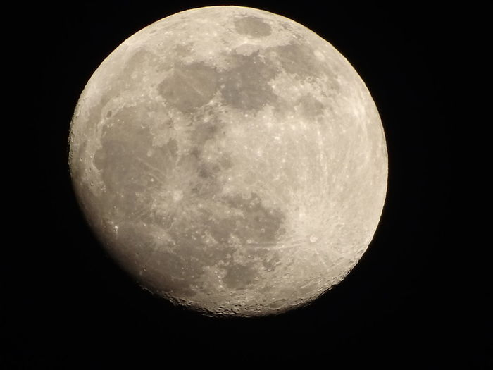 18.00 frankenhardt germany 17.02.2019 Moon Moon And Day Moonlight Moon By Daylight Space Space Exploration Moon Surface Exploration