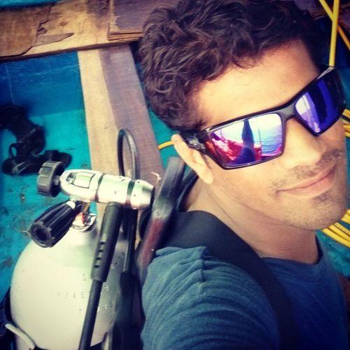 Our poser is ready to dive 1st Scubaindia Scubadivingporn Scubadiving Scubadivingpic Tarkarli Oakley