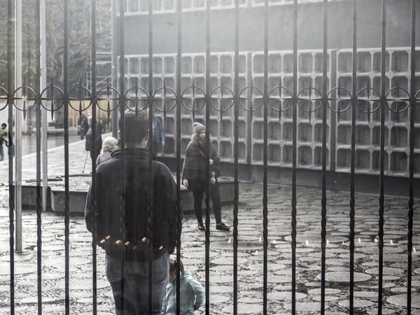 Streetphotography Berlin Memorial Blackandwhite Monochrome People City Mood Grey Glass Kaiser-Wilhelm-Gedächtnis Kirche