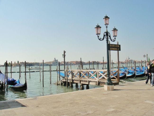 Veneza Gondolas Venice Italiy Gondole In Venice Traveling Travel Photography Taking Photos Italia Ocean Sea