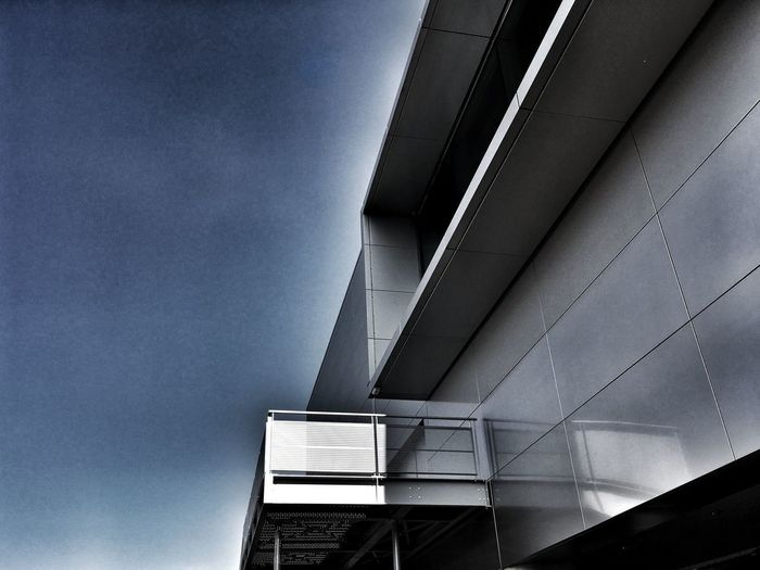 Architecture Built Structure Low Angle View No People Day Building Exterior Outdoors Sky Streetphotography