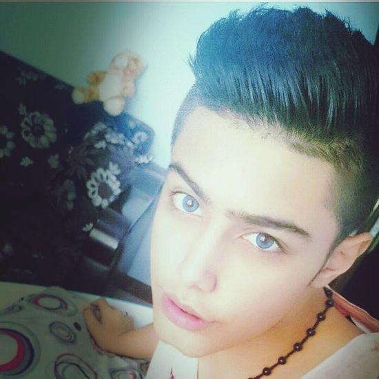 Butiful♥ Bayby Me Lenz Selfie😂✌️👔🕶❤👅👅👅❤😓👌 Modeling Modern Model Tehran Overleef The Portraitist - 2016 EyeEm Awards Butterfly ❤ Selfie ✌ Found On The Roll