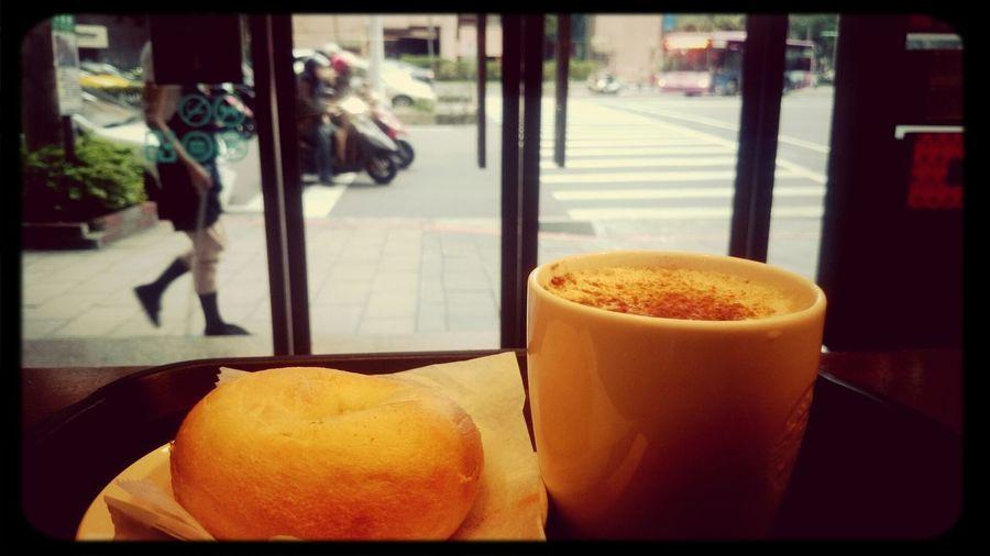 morning. Starbucks ❤ Goodmorning :)
