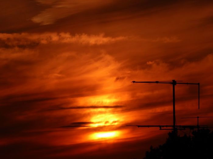 Orange Color Beautiful Dramtic Sky😍 Sunset Beauty In Nature Simple Beauty Thankful🦄 Summertime 🌞 For The Love To Life For My Friends 😍😘🎁 My Soul's Language Is📷 You Raise Me Up✨ Tranquil Scene Sundown, Nightfall, Close Of Day, Twilight, Dusk, Evening ForTheLoveOfPhotography Love My Life ❤ Tranquility Dramatic Sky Sommergefühle