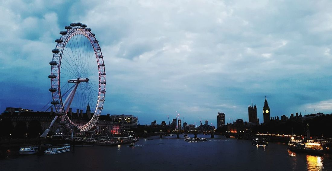Skyscraper Urban Skyline Outdoors Night London Lifestyle Londen Eye River View Waterloobridge