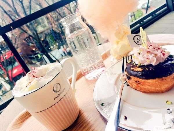 Enjoying Life Hello World Japan Jillstuart Yammy!!  Cafe