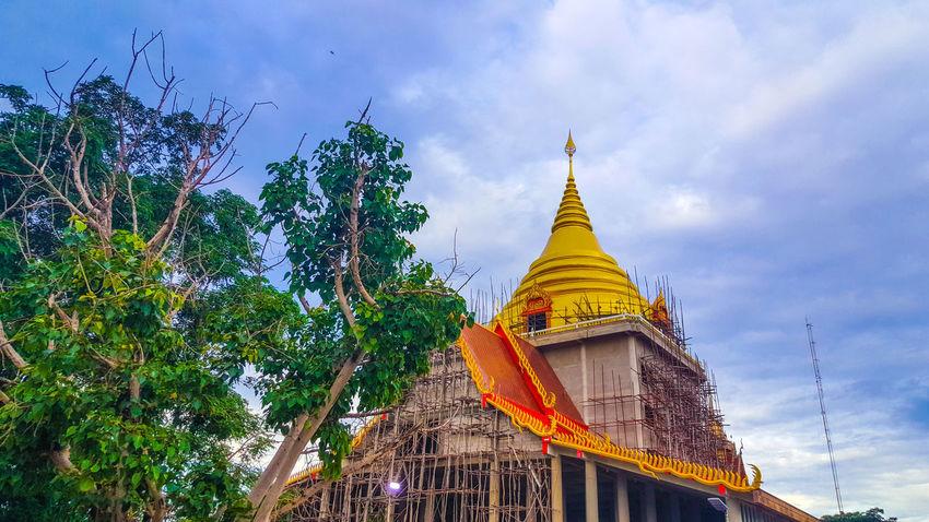 วัดเขาตะเงาะอุดมพร Pagoda Architecture Religion Travel Gold Tourism Ancient Sky Business Finance And Industry Outdoors Gold Colored Spirituality Arts Culture And Entertainment Arrival Travel Destinations Beauty Nature No People Day