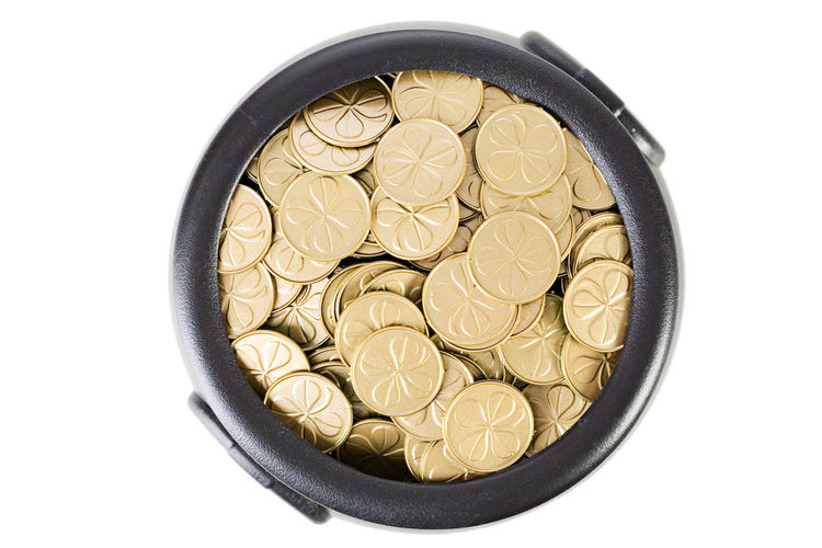 Pot Of Gold Riche Saint Patrick's Day St. Patrick's Day St. Patricks Day Treasure Money No People Pot Pot Of Gold At The End Of The Rainbow Wealth
