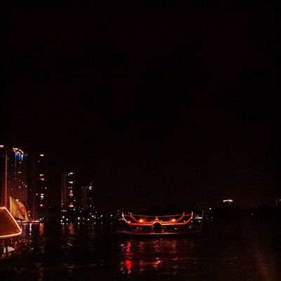 Riverside from Asiatique market, Bangkok 🎇 Love the lights! ASIA Thailand Bangkok Mytrip MyAdventure Asianshots Asiapics View Nightview Boat River Night Shot Sneakpeak Dark Lights Timeforsupper Asian  City