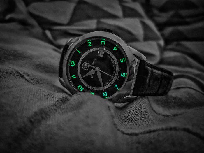 Swisswatch Dark