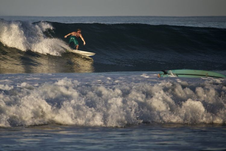 Water Sea Aquatic Sport Motion Sport Surfing Leisure Activity People Adventure Wave Nature Holiday Day Vacations Surfboard Trip Outdoors Land Power In Nature