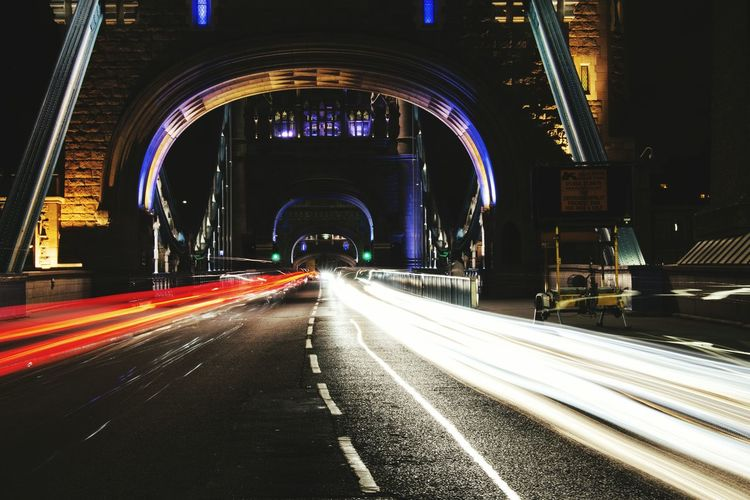 We love night photography 📷💙 check out our website at rawgraphy.com Architecture Like4like Photography OpenEdit Nightphotography Love Long Exposure Light London Beautiful