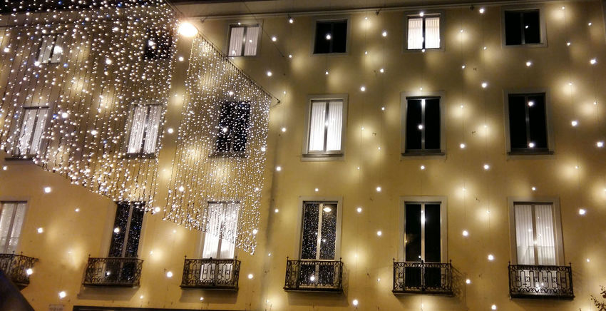 Christmas Christmas Around The World Christmastime Light Night Lugano, Switzerland TICINO ♡ Christmas Decorations House Facade Facades Christmas Lights Chrismas Samsung Galaxy A5 The Culture Of The Holidays Lugano, Switzerland. Paint The Town Yellow