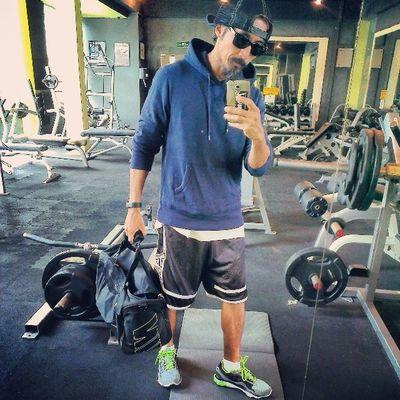 Legsarescrawnybutworkemoutanyways AsweatAday Fitness day4 Turdsday