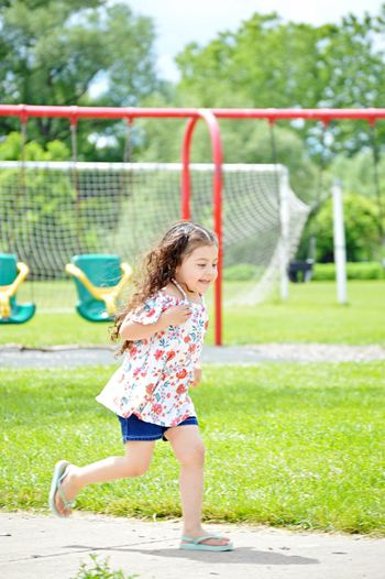2018 Happy Runing Laughing Park Females Offspring Women Playing Day Outdoors Innocence Fun Motion One Person Nature