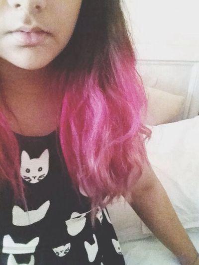 i have kitties on my dress