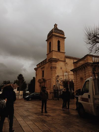 EyeEmNewHere EyeEmBestPics VSCO Ragusa Ibla, Sicily Sicily Italy Architecture Building Exterior Sky Built Structure Group Of People Building Cloud - Sky Real People Belief Religion
