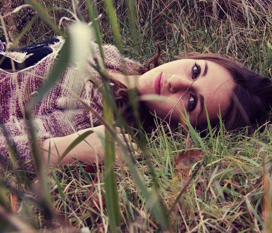 Model Girl Nature Kodak